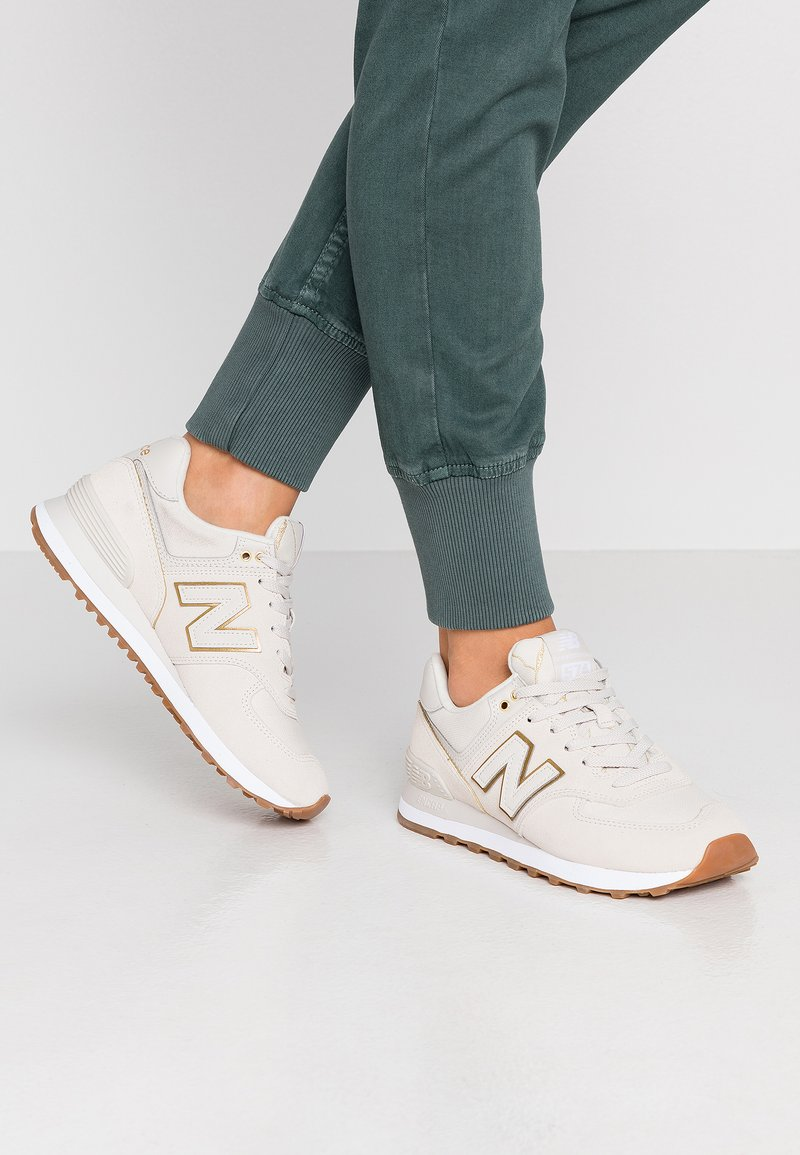 New Balance - WL574 - Matalavartiset tennarit - beige