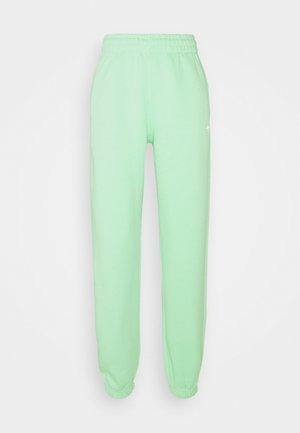 PANTS ORIGINALS ADICOLOR - Träningsbyxor - glory mint