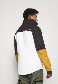 Brunotti - ARACIN MENS SNOWJACKET - Snowboardová bunda - snow - 3