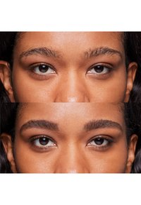 Bobbi Brown - PERFECTLY DEFINED LONG WEAR BROW PENCIL - Eyebrow pencil - 11 soft black - 1