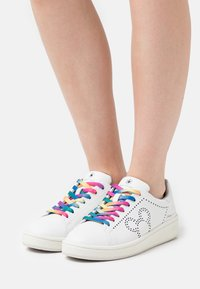 MOA - Master of Arts - GRANDMASTER - Sneakers basse - white - 0