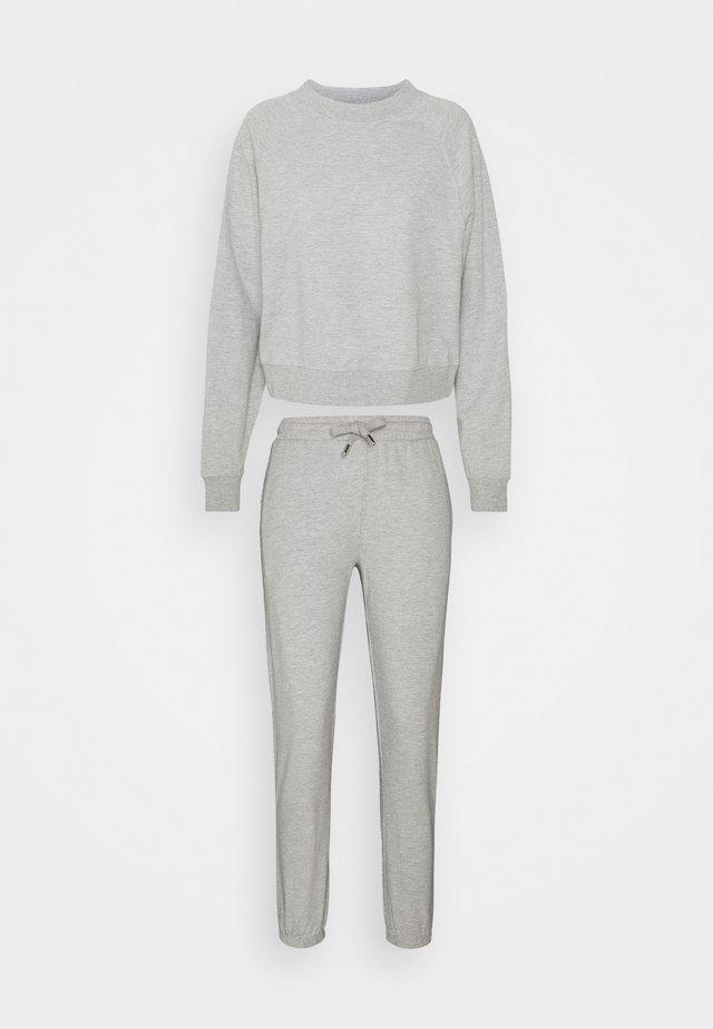 ONLZOEY LIFE SET - Sweater - light grey melange