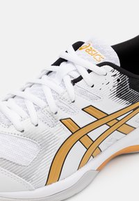 ASICS - GEL-ROCKET 9 - Volleyball shoes - white/pure gold - 5