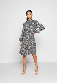 Wallis Petite - DAISY DITZY SHIRRED CUFFING SWING DRESS - Jersey dress - black - 0