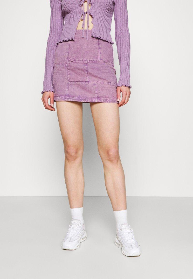 BDG Urban Outfitters - PATCHWORK PELMET SKIRT - Minirok - lilac