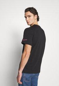 Nike Sportswear - Camiseta estampada - black - 2