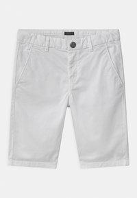 IKKS - BERMUDA - Shorts - blanc optique - 0