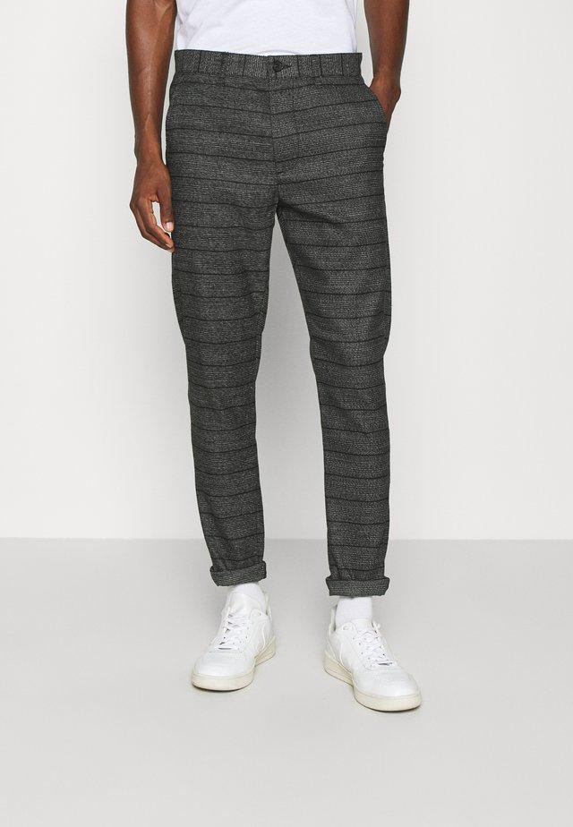 PANTS BARRO - Pantaloni - grey