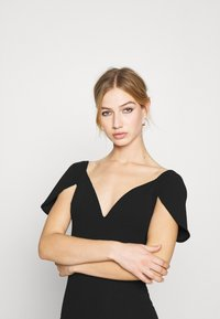 WAL G. - MARIANNA DRESS - Společenské šaty - black - 3
