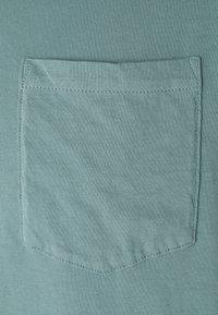 Club Monaco - WILLIAMS POV TEA DYED - Basic T-shirt - pale navy - 2