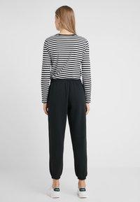 Polo Ralph Lauren - SEASONAL  - Pantalon de survêtement - polo black - 2