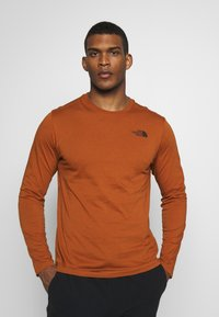 The North Face - MENS BOX TEE - Top s dlouhým rukávem - caramel cafe - 0