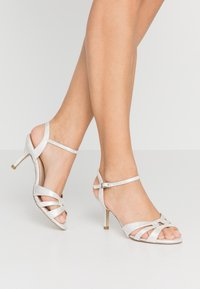 Paradox London Wide Fit - WIDE FIT HAIGAR - Sandaletter - silver - 0