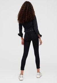 PULL&BEAR - Jeans Skinny - black - 2