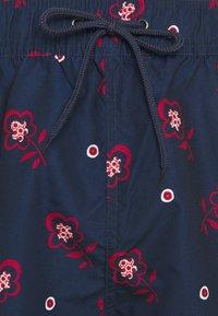 Ben Sherman - TURQUOISE BAY - Swimming shorts - navy/red/white - 4