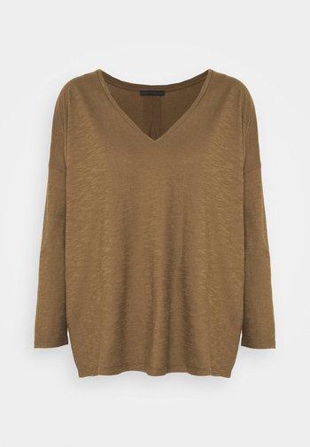 VENJA - Long sleeved top - green