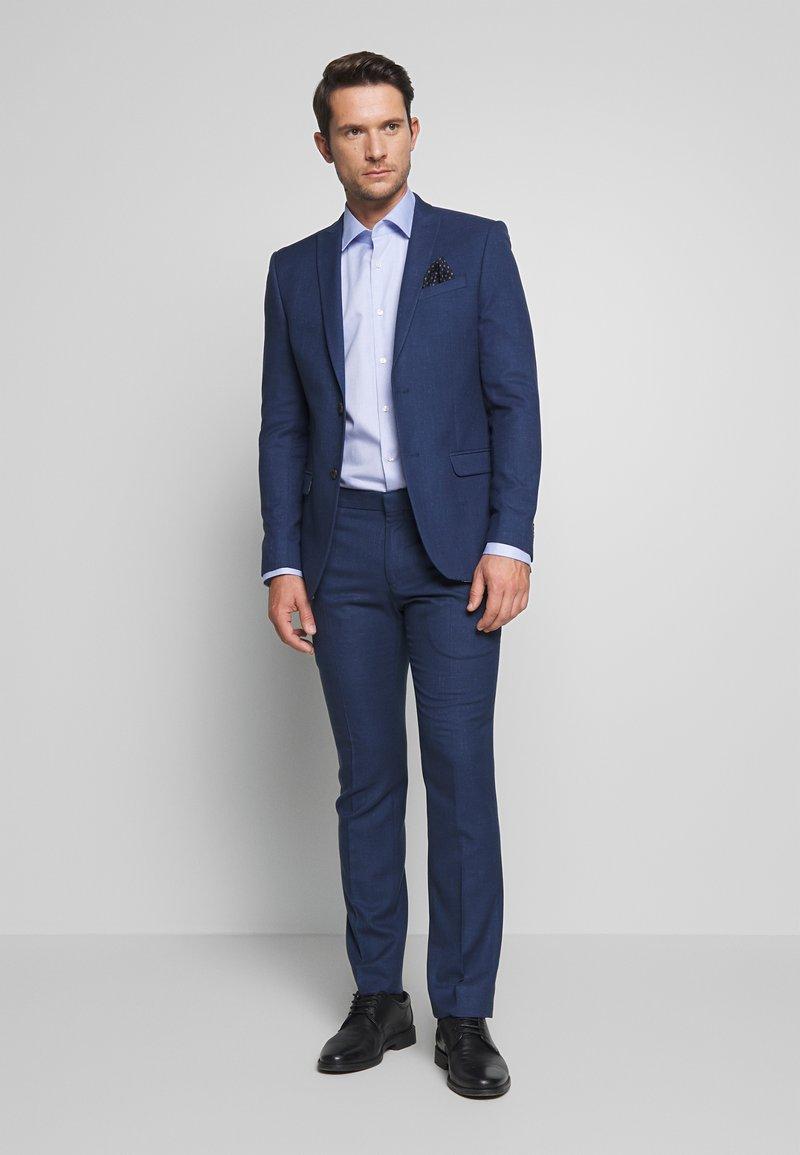 Ben Sherman Tailoring - BRIGHT FLECK SUIT SLIM FIT - Kostym - blue