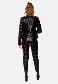 LEATHER HYPE - ÉLYSÉE PERFECTO - Leather jacket - black - 2