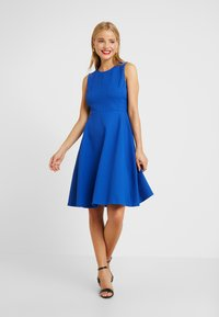 Lauren Ralph Lauren Petite - CHARLEY SLEEVELESS DAY DRESS E - Jerseyklänning - french blue - 2