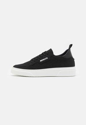 CREWELIN - Zapatillas - black