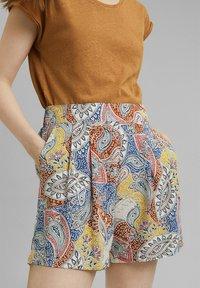 Esprit - Shorts - light beige - 6