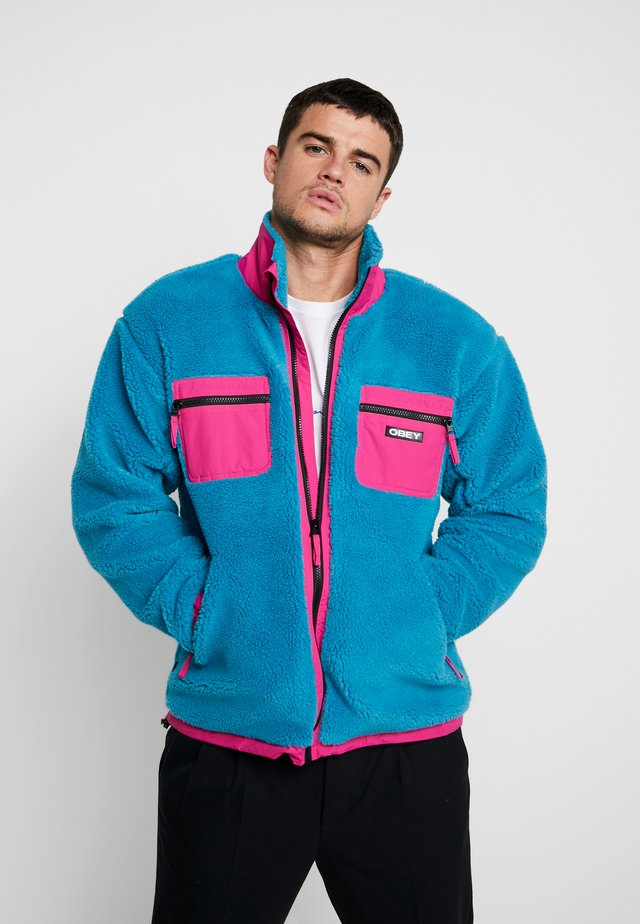 OUT THERE SHERPA JACKET - Light jacket - pure teal