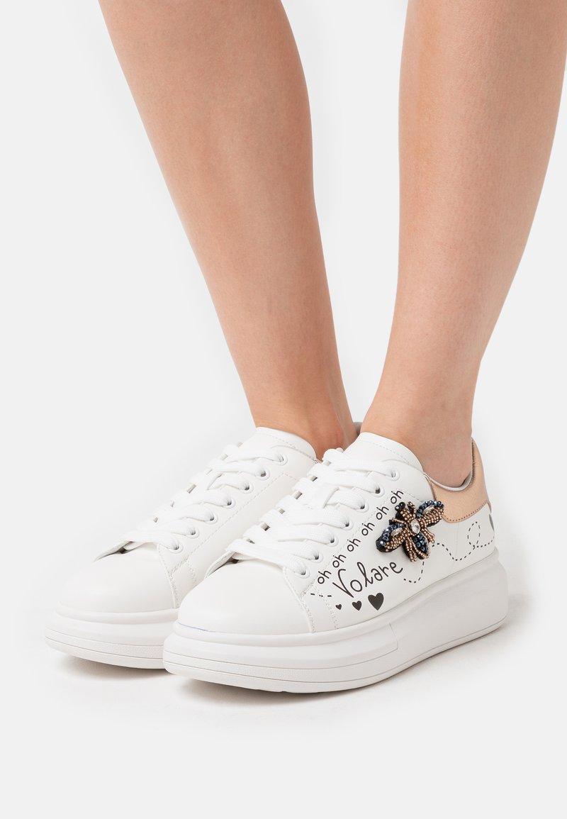 KHARISMA - Zapatillas - soft bianco/ape