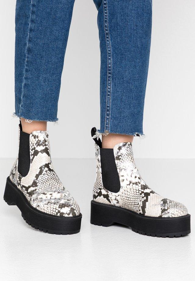 Boots à talons - white/black