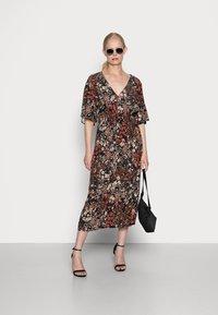 Esprit Collection - FLOWER DRESS - Shirt dress - black - 1