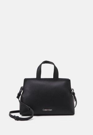 TOTE ZIP - Handbag - black
