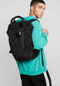 The North Face - INSTIGATOR - Rucksack - black - 1