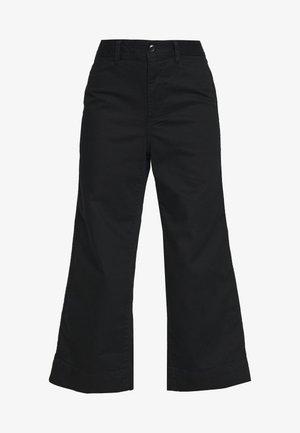 WIDE LEG SOLID - Bukse - true black