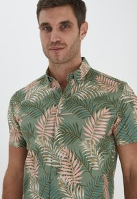 Solid - Shirt - hedge green - 3