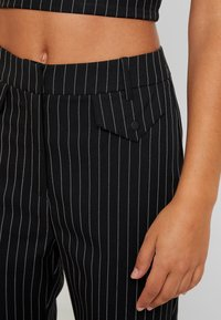 4th & Reckless - MARIANNA TROUSER - Kangashousut - black - 5