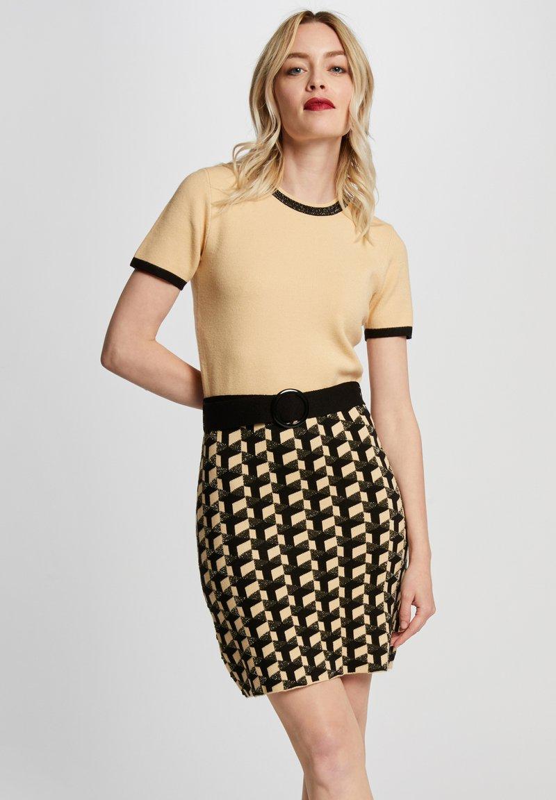 Morgan - Jumper dress - yellow