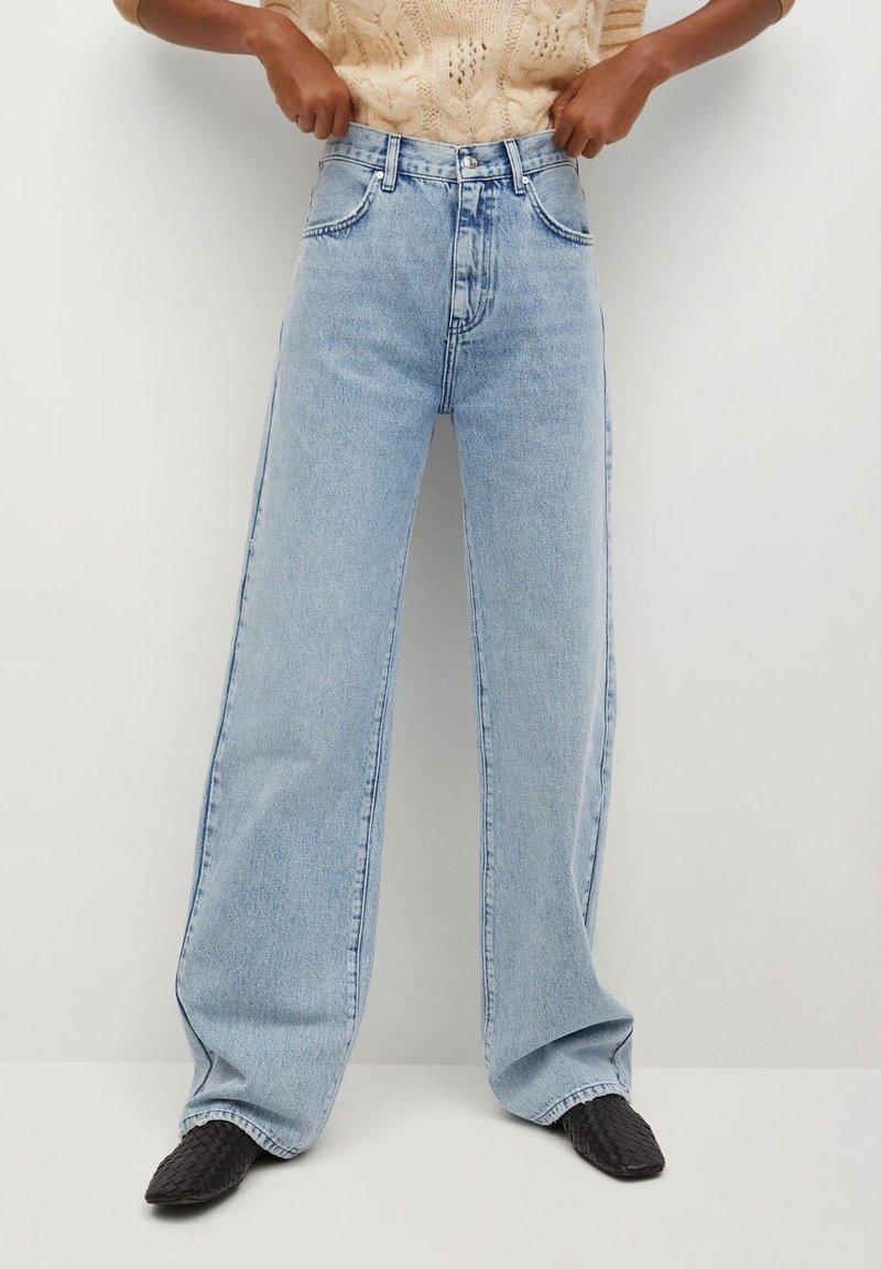 Mango - URBAN - Straight leg jeans - mittelblau