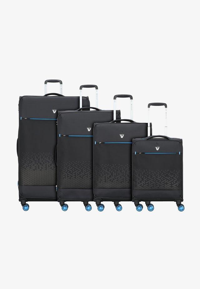 4-ROLLEN KOFFERSET  - Luggage set - nero