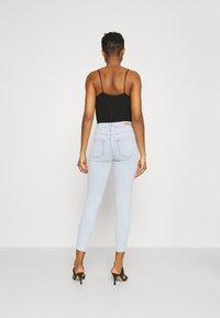 ONLY - ONLBLUSH LIFE - Skinny džíny - light blue denim - 2