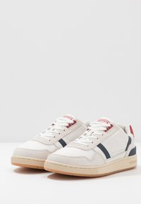 Lacoste - T-CLIP - Trainers - offwhite/navy/red - 2
