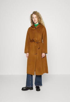 GISELA - Classic coat - tabac