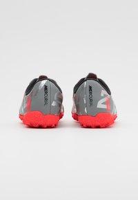 Nike Performance - MERCURIAL JR VAPOR 13 ACADEMY TF UNISEX - Astro turf trainers - metallic bomber grey/black/particle grey - 2
