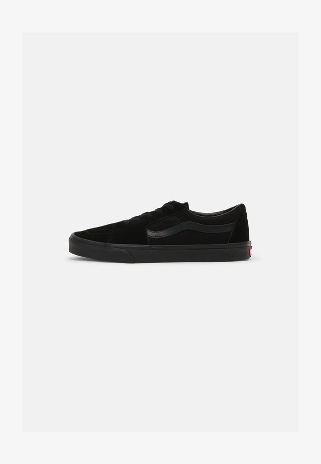 SK8 LOW UNISEX - Trainers - black