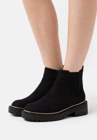 River Island - Platform ankle boots - black - 0