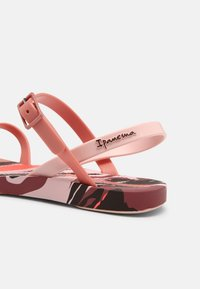 Ipanema - FASHION SAND VII KIDS - Pool shoes - pink - 6