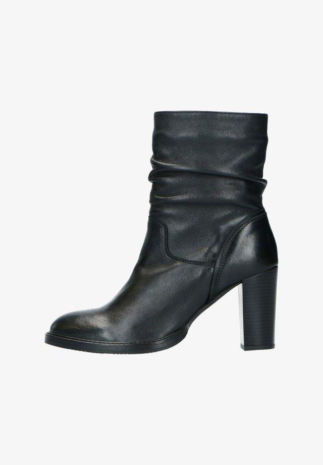 SCHWARZE LEDER-STIEFELETTEN MIT ABSATZ - Ankle boots - schwarz