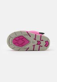 CMP - BABY LATU UNISEX - Winter boots - ice/pink - 4