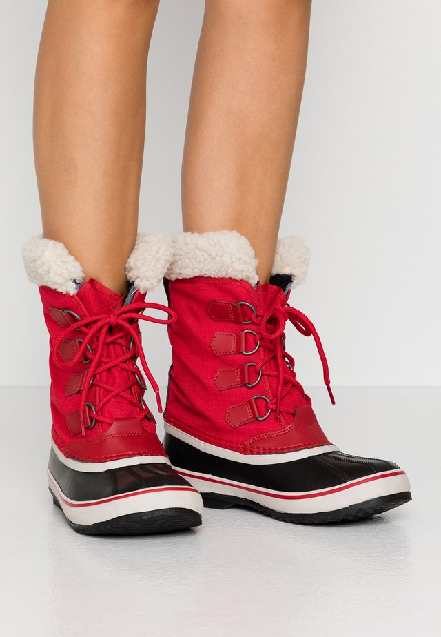CARNIVAL - Winter boots - mountain red