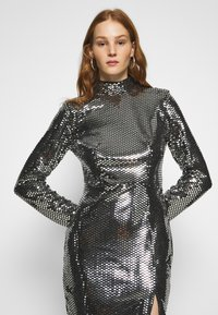 Missguided - FOIL SEQUIN HIGH NECK MINI DRESS - Cocktail dress / Party dress - black - 3