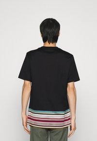 Paul Smith - OVERSIZE - T-shirt print - black - 2