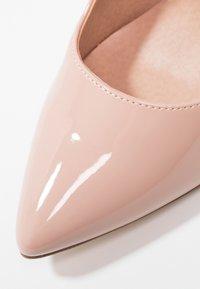 Madden Girl - PERLA - Zapatos altos - nude - 6